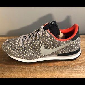 Nike Internationalist - Polka Dot - sz 12